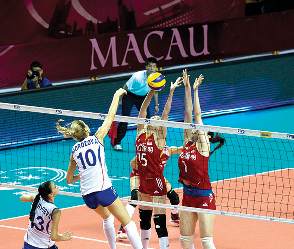 世界女排   展現精湛球技